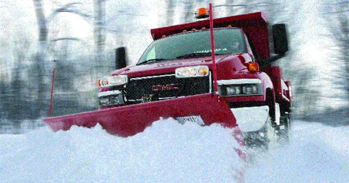 Looking through Commercial Snow Removal Services | Snowlimitless.com